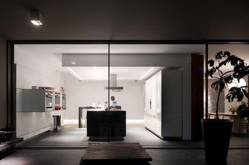 House-in-Estoril-07