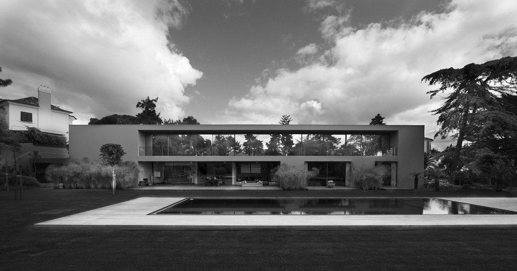 House-in-Estoril-18