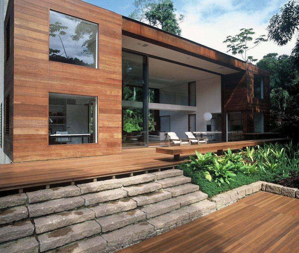 House-in-Iporanga-01
