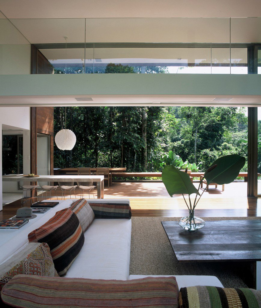 House-in-Iporanga-07