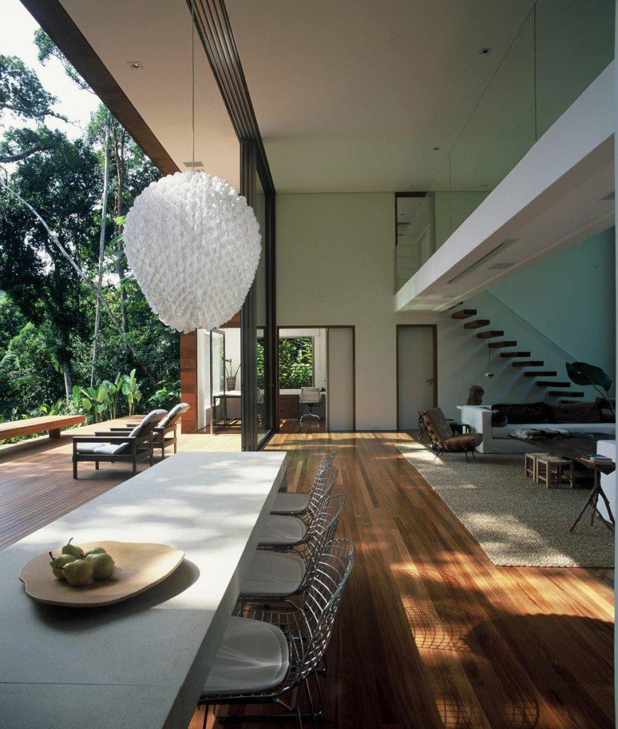 House-in-Iporanga-08