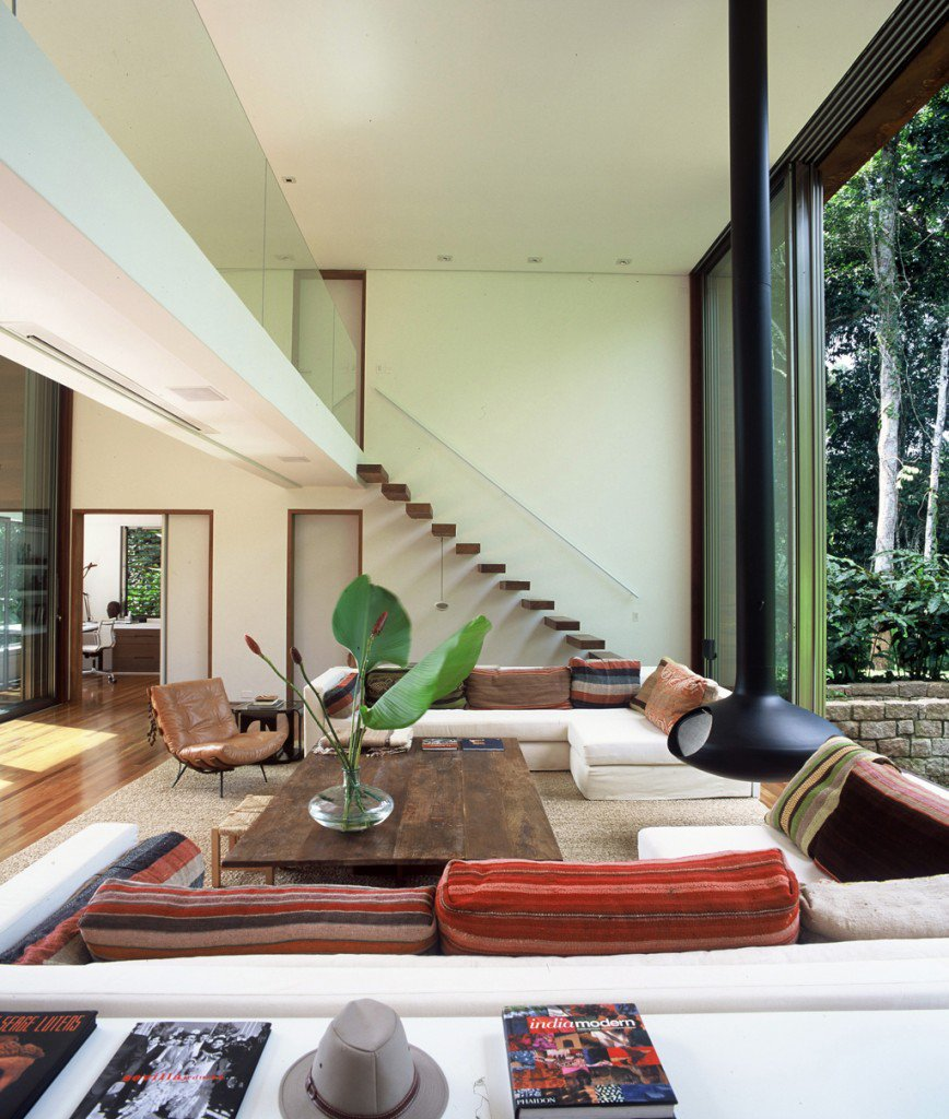 House-in-Iporanga-10