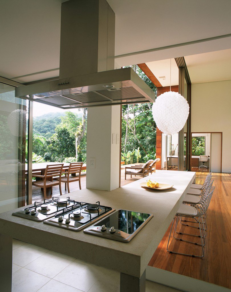 House-in-Iporanga-12