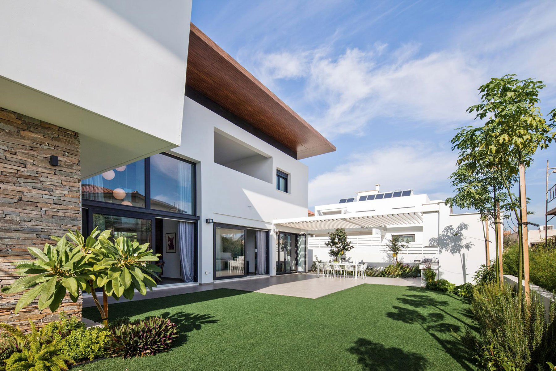 House-in-Strovolos-05