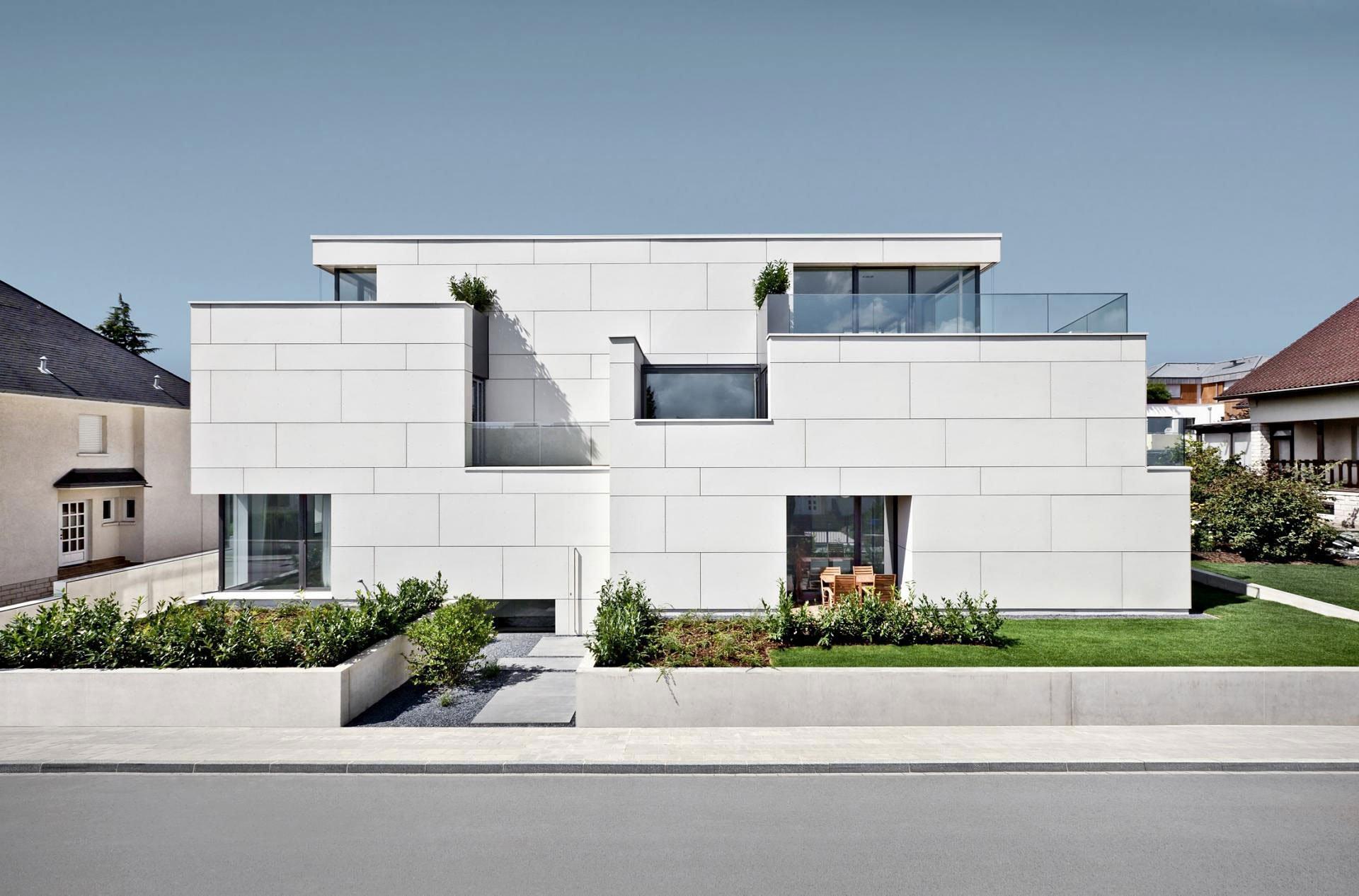 Housing-Building-00-1