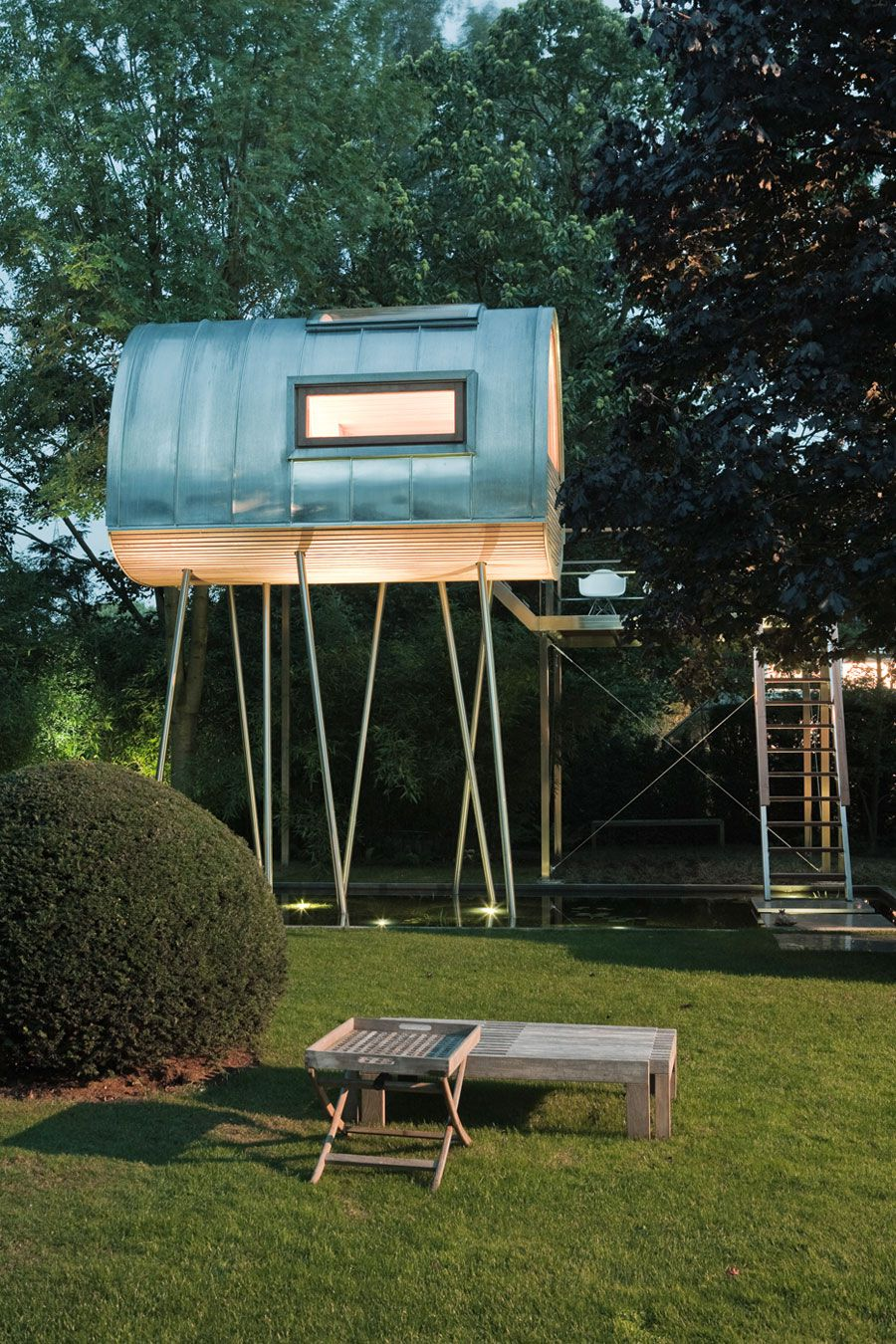 King-of-the-Frogs-Treehouse-2