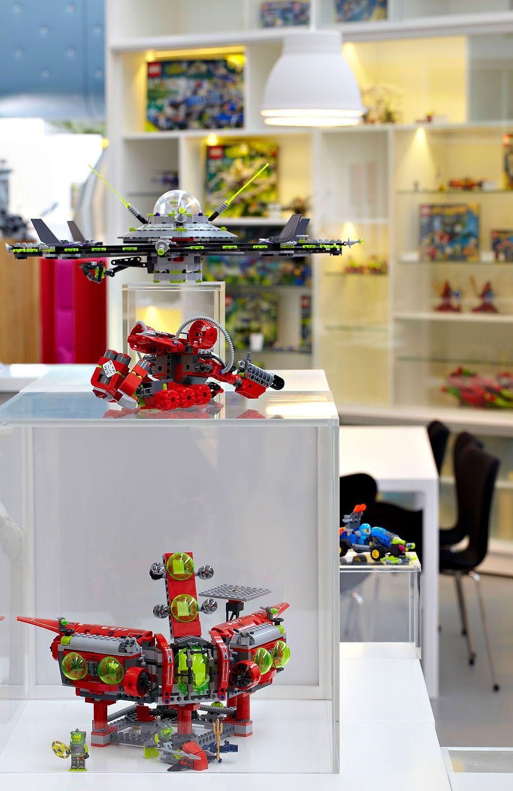 LEGO-PMD-11