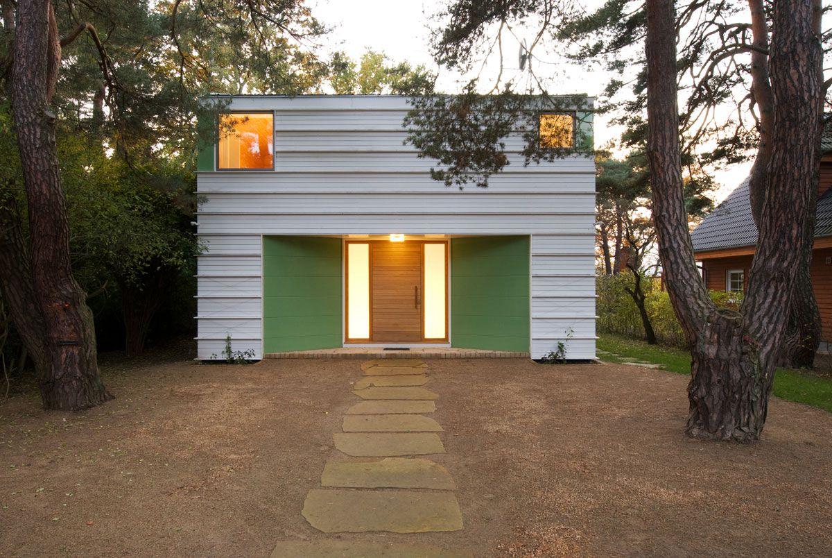 Lakeshore-House-in-Potsdam-01