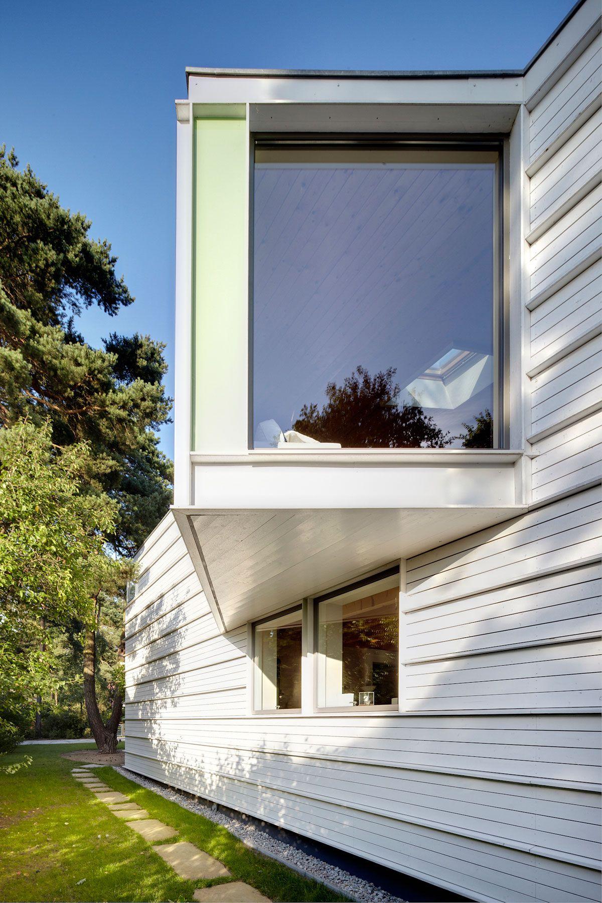 Lakeshore-House-in-Potsdam-02-2