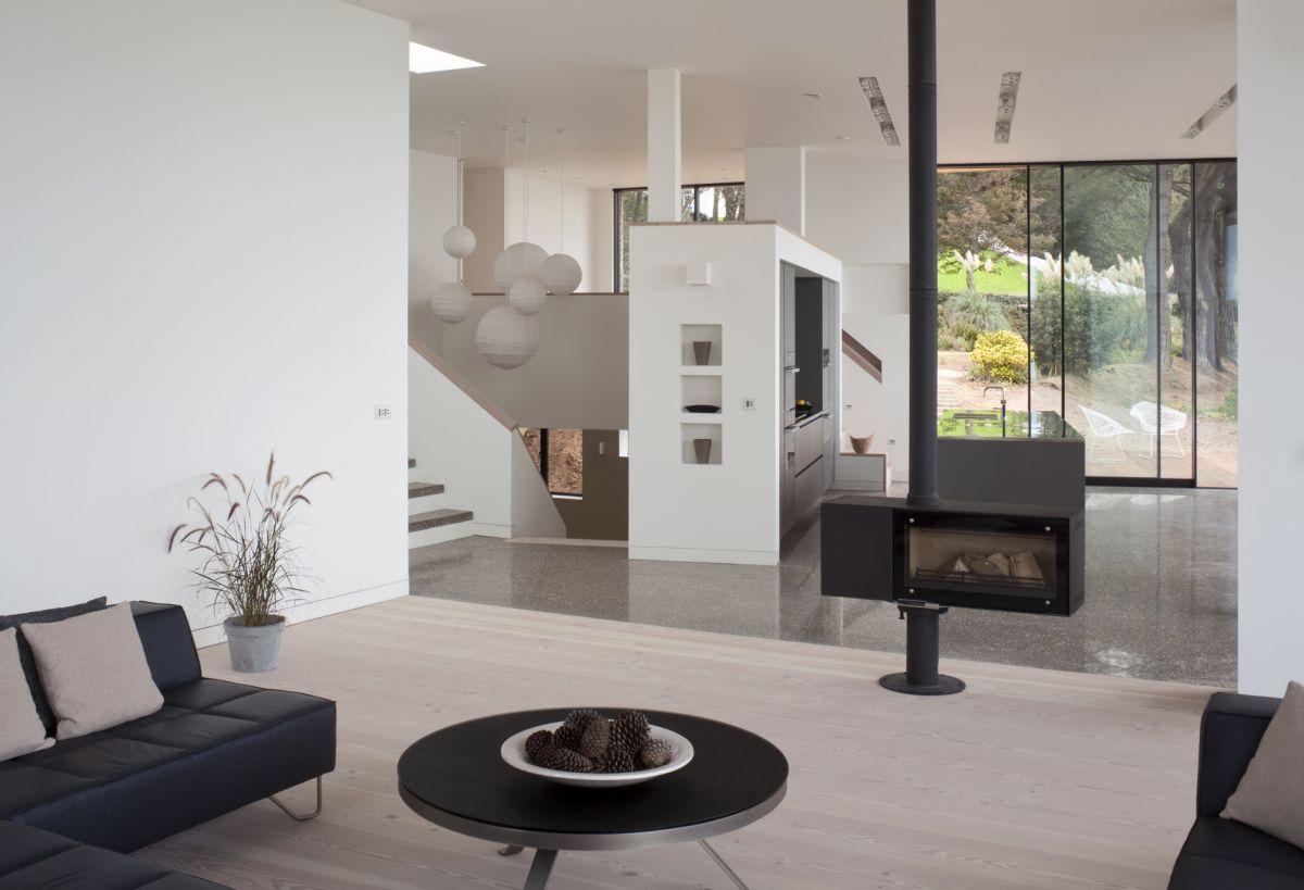 Le-Portelet-House-09