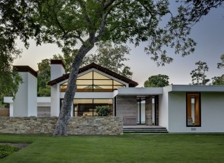 Lindhurst Residence by Wernerfield Architects