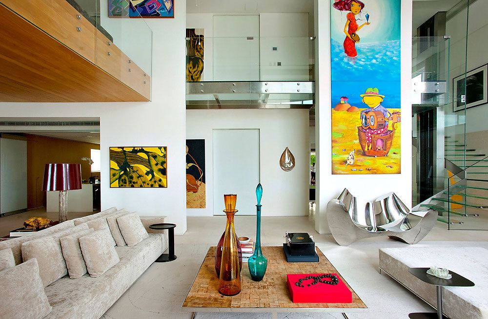 Modern Malibu Duplex Apartment by Fernanda Marques Arquitetos Associados
