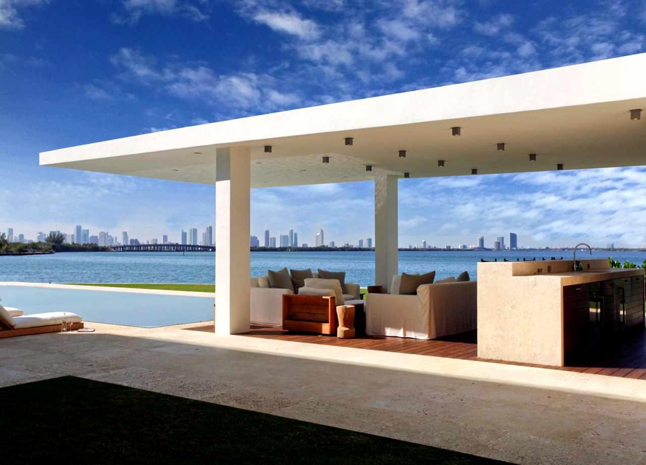 Miami-Beach-Waterfront-03