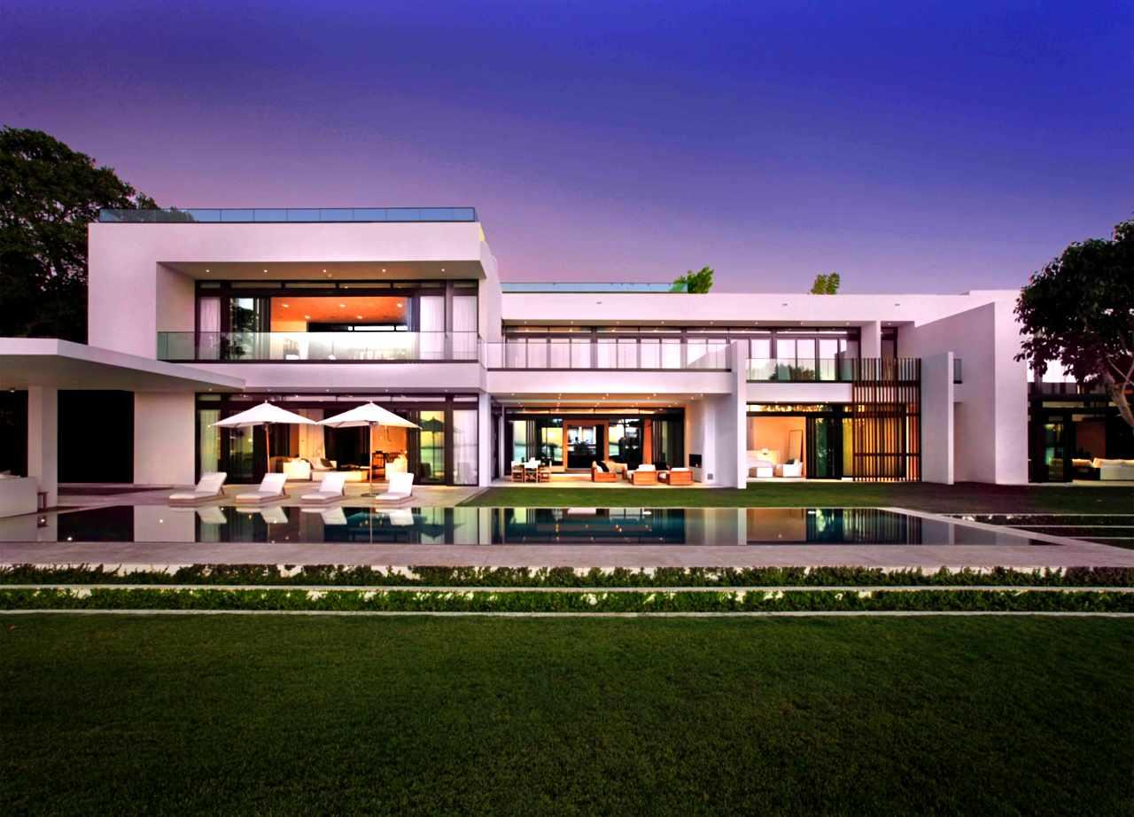Miami-Beach-Waterfront-13