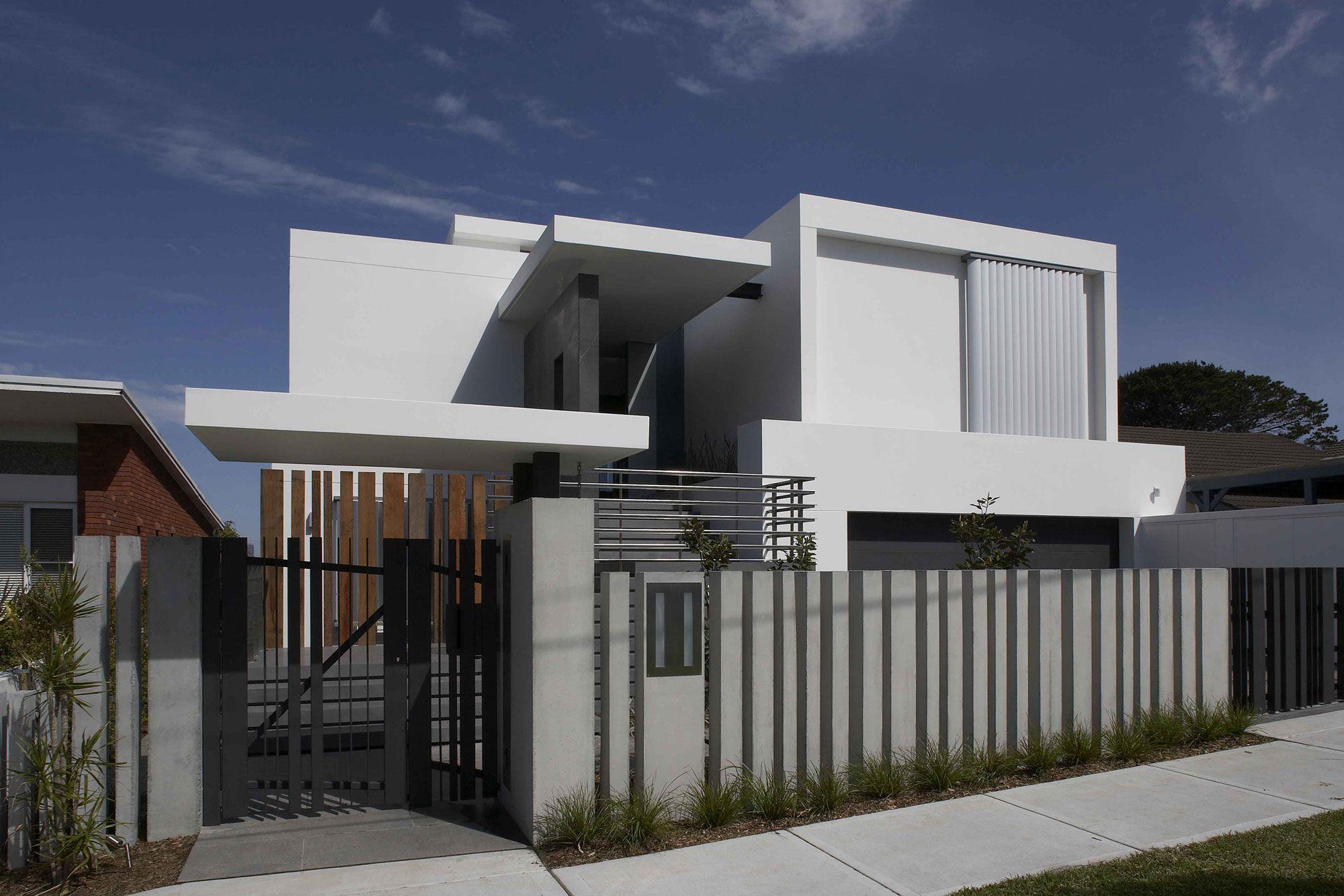 Mormanis-House-01