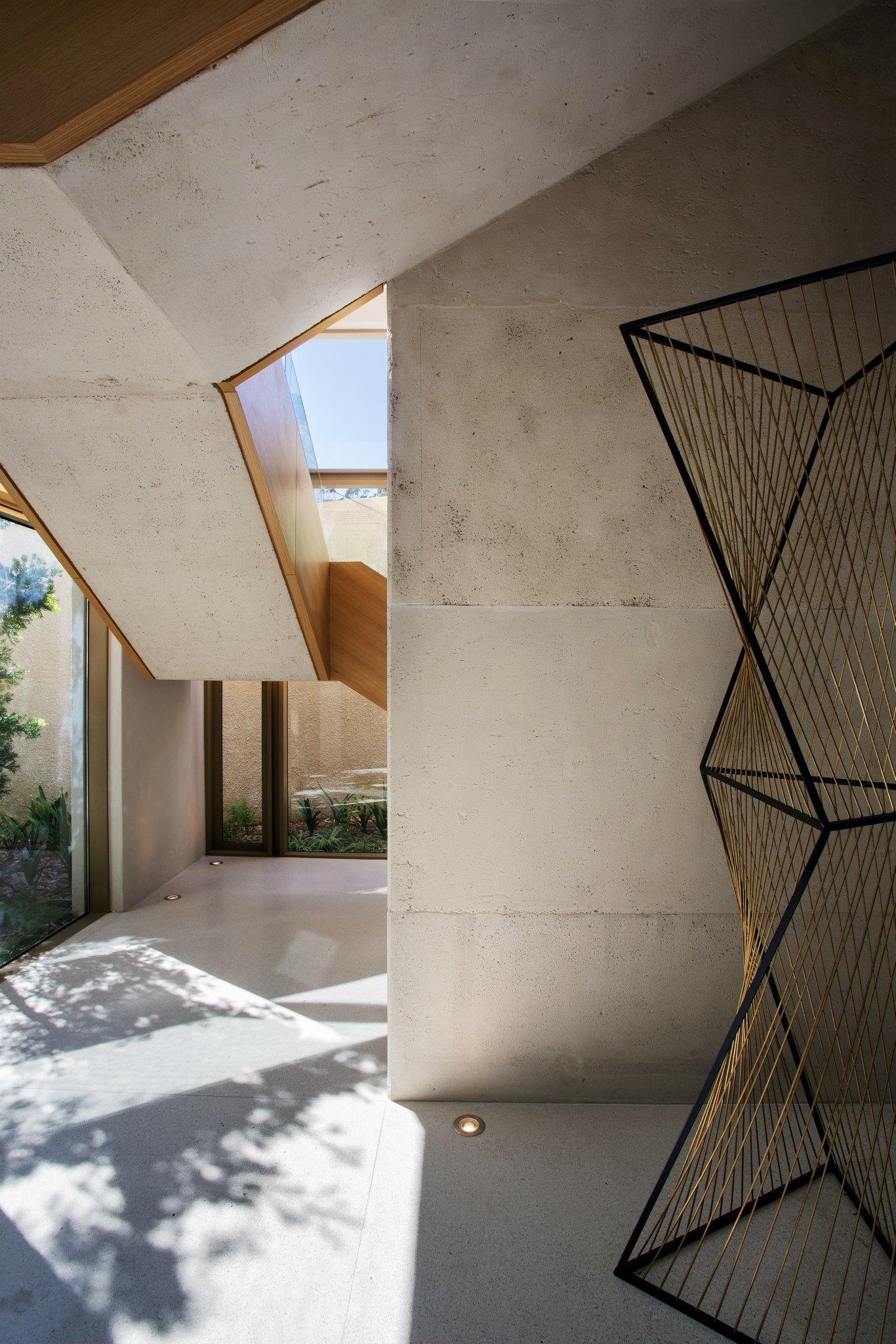 OVD-919-House-by-SAOTA-09