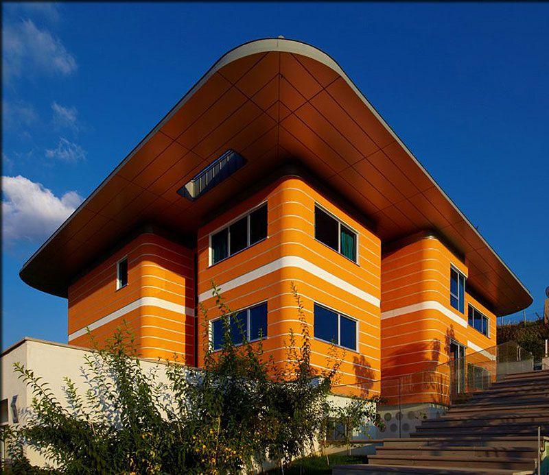 Orange-House-01