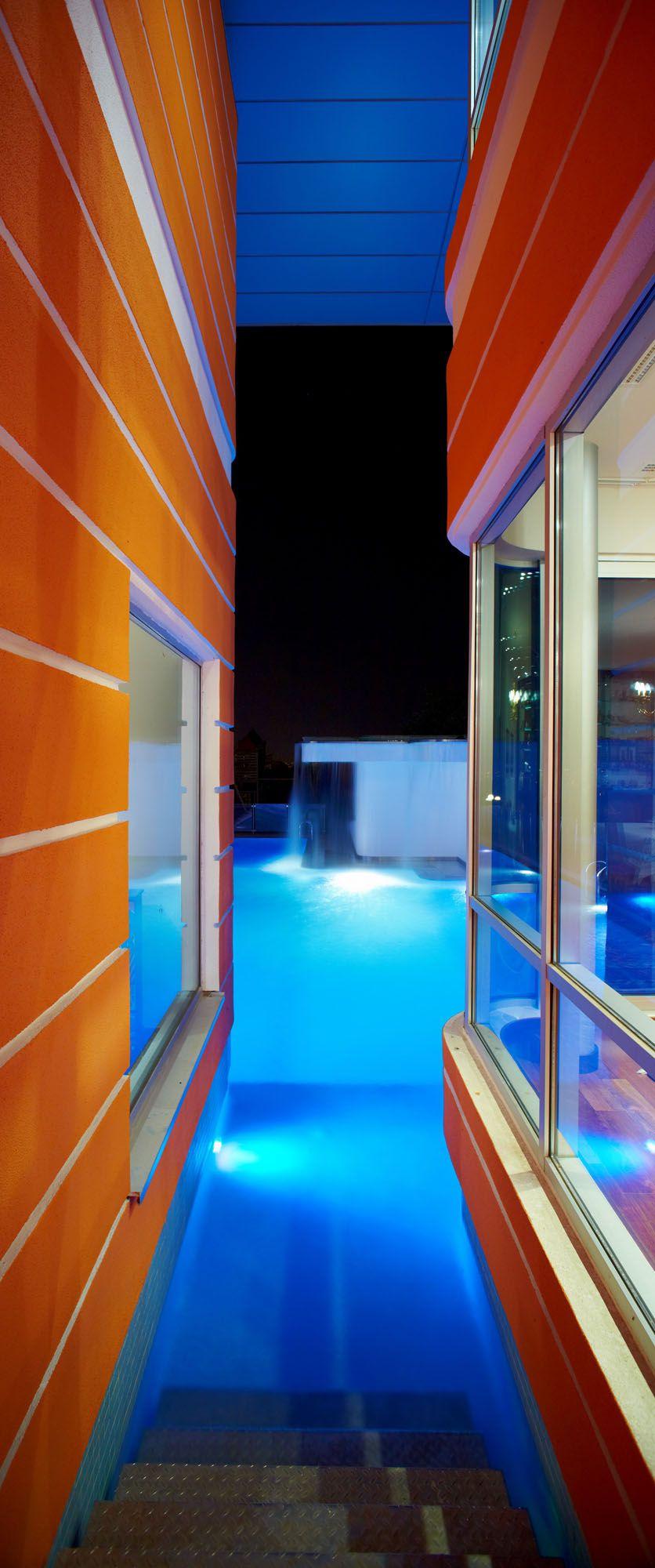 Orange-House-05-1