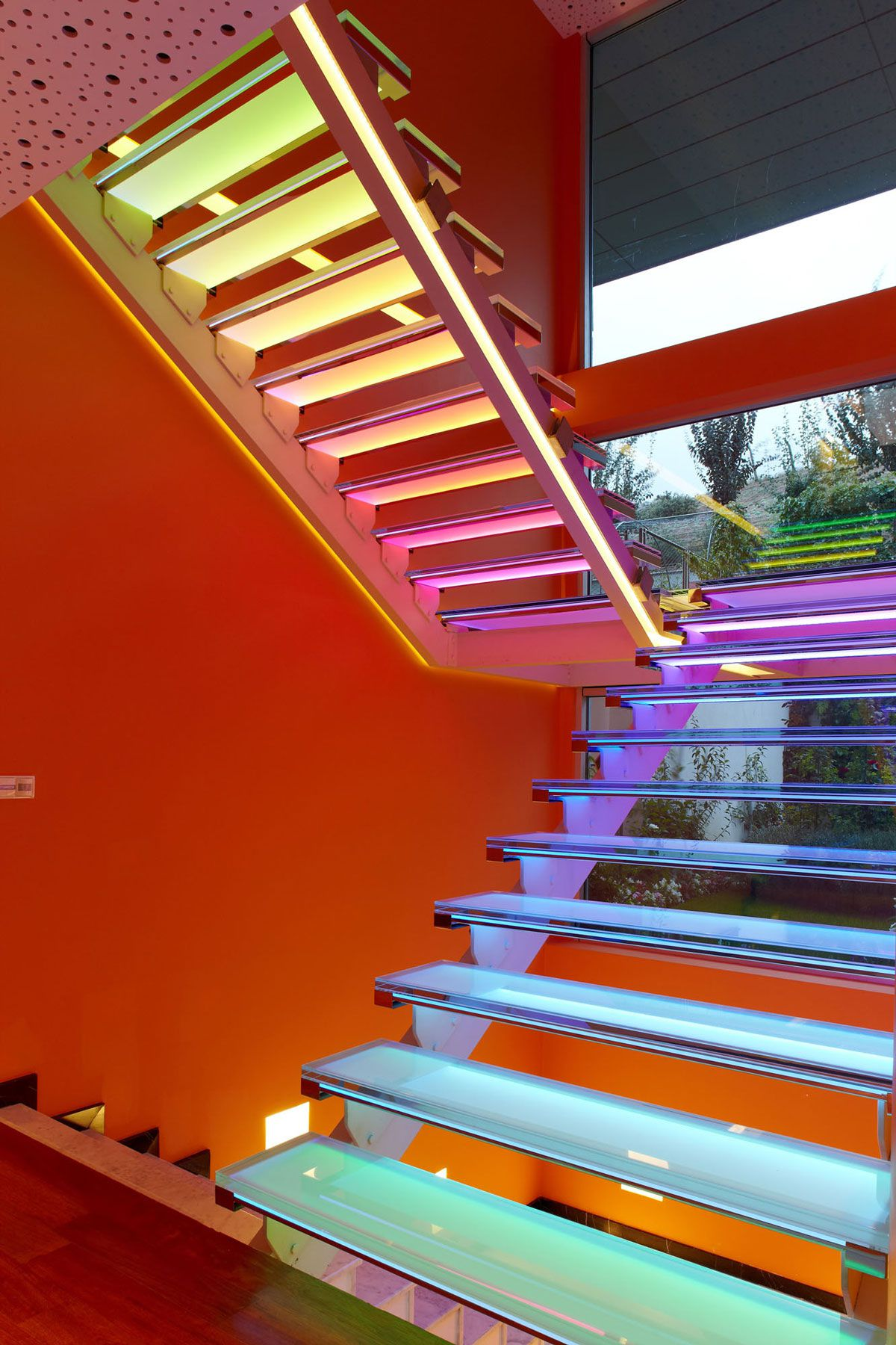 Orange-House-15