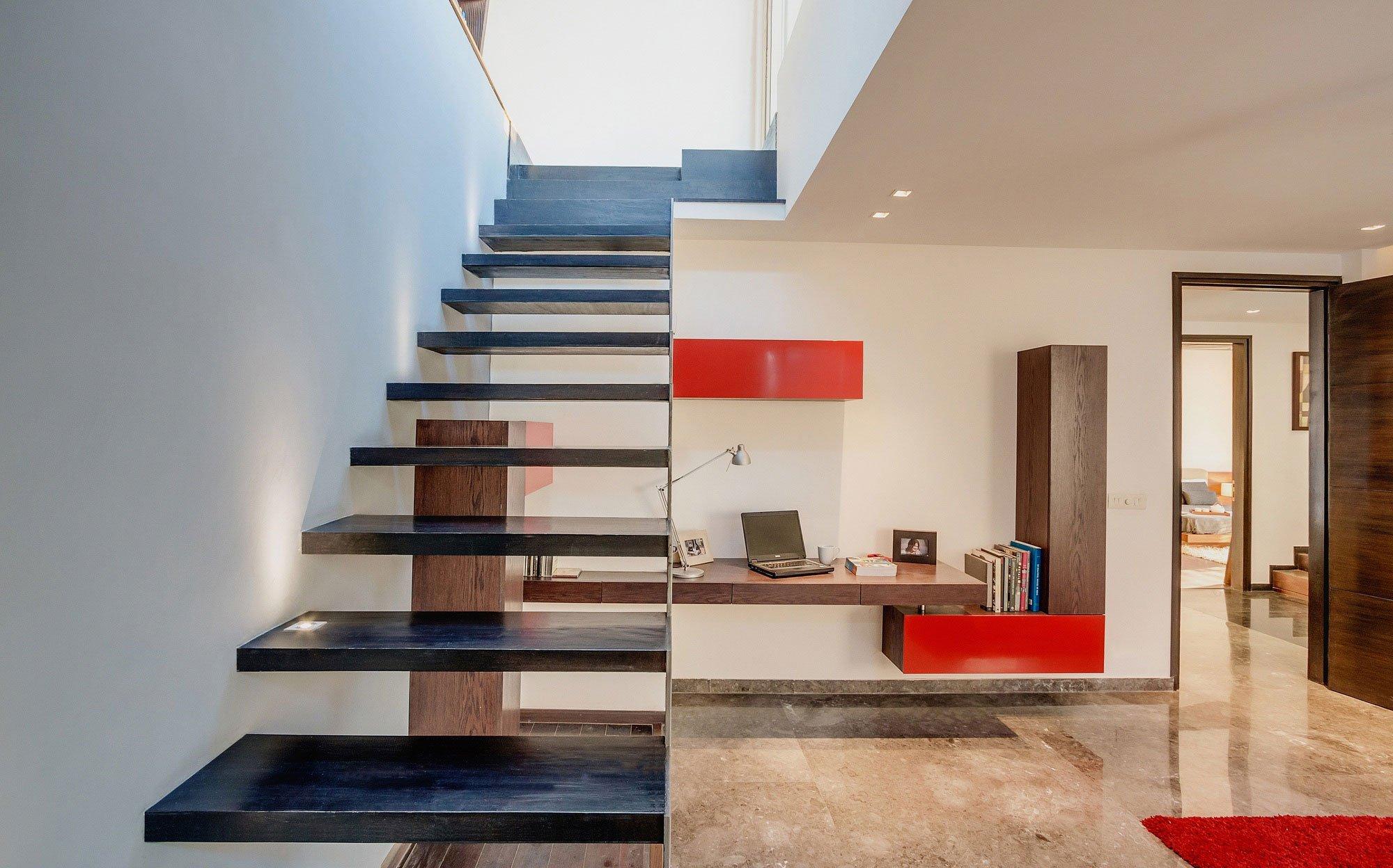 Overhang-House-12