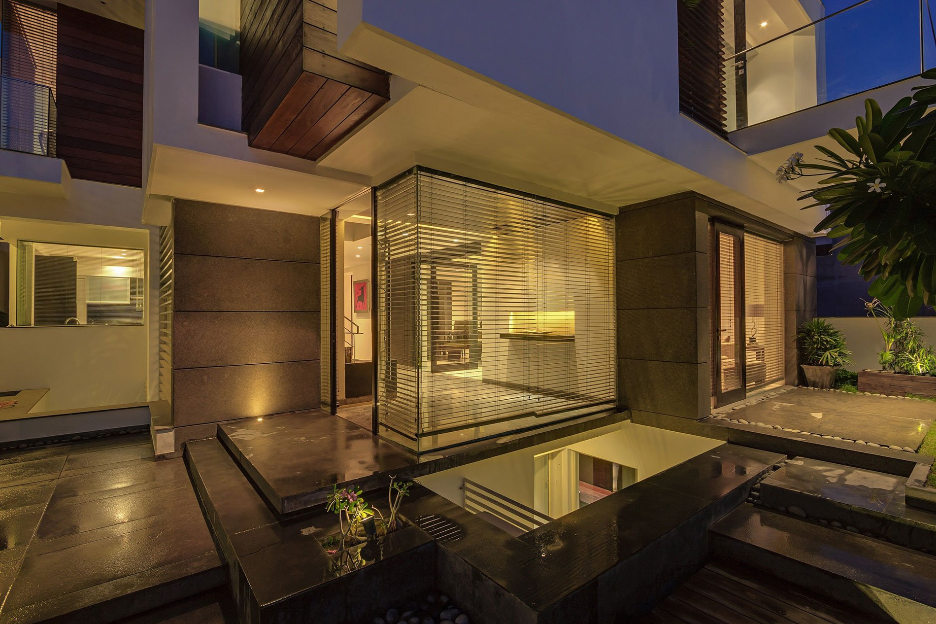 The overhang house by dada partners caandesign architecture and home design blog - Houses overhang practical design ...