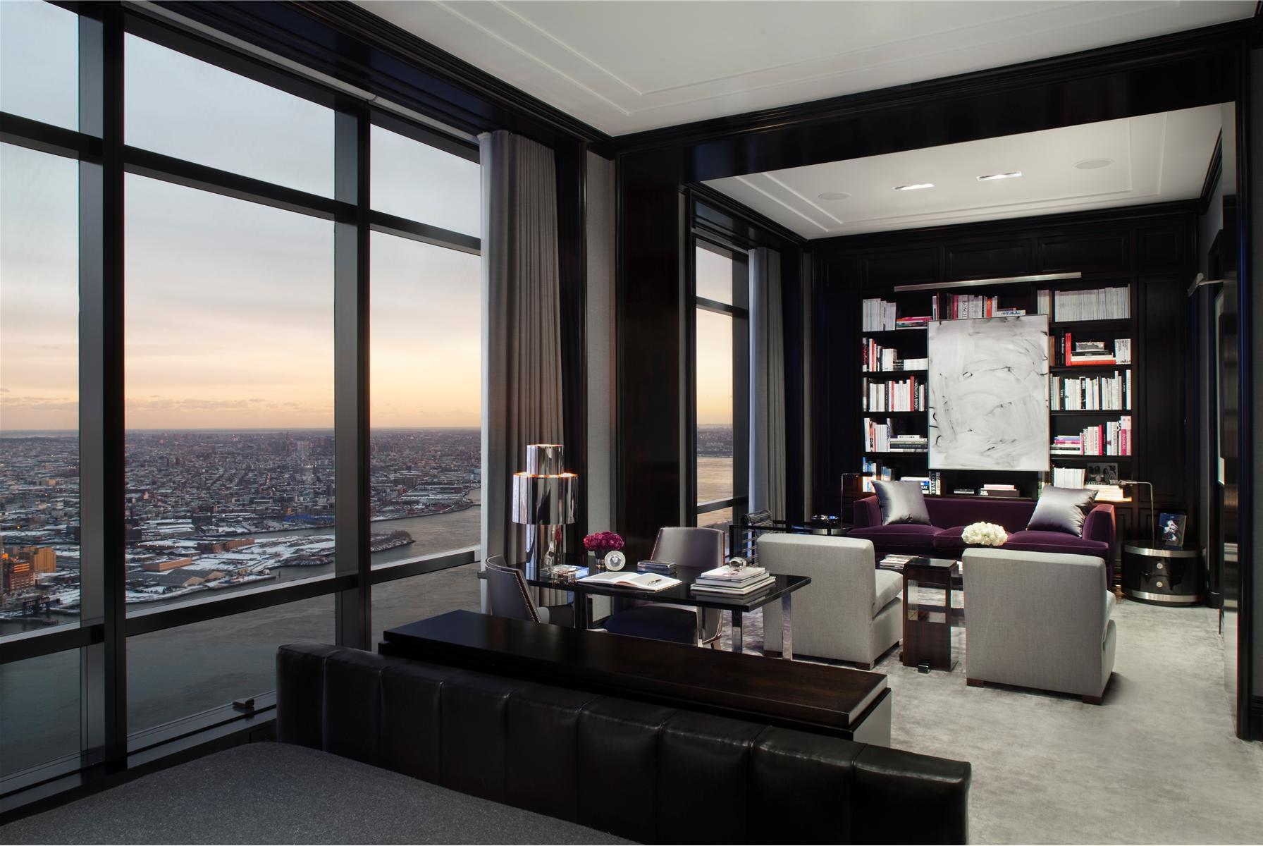 Stunning Chic Penthouse Located On The 77th Floor In The