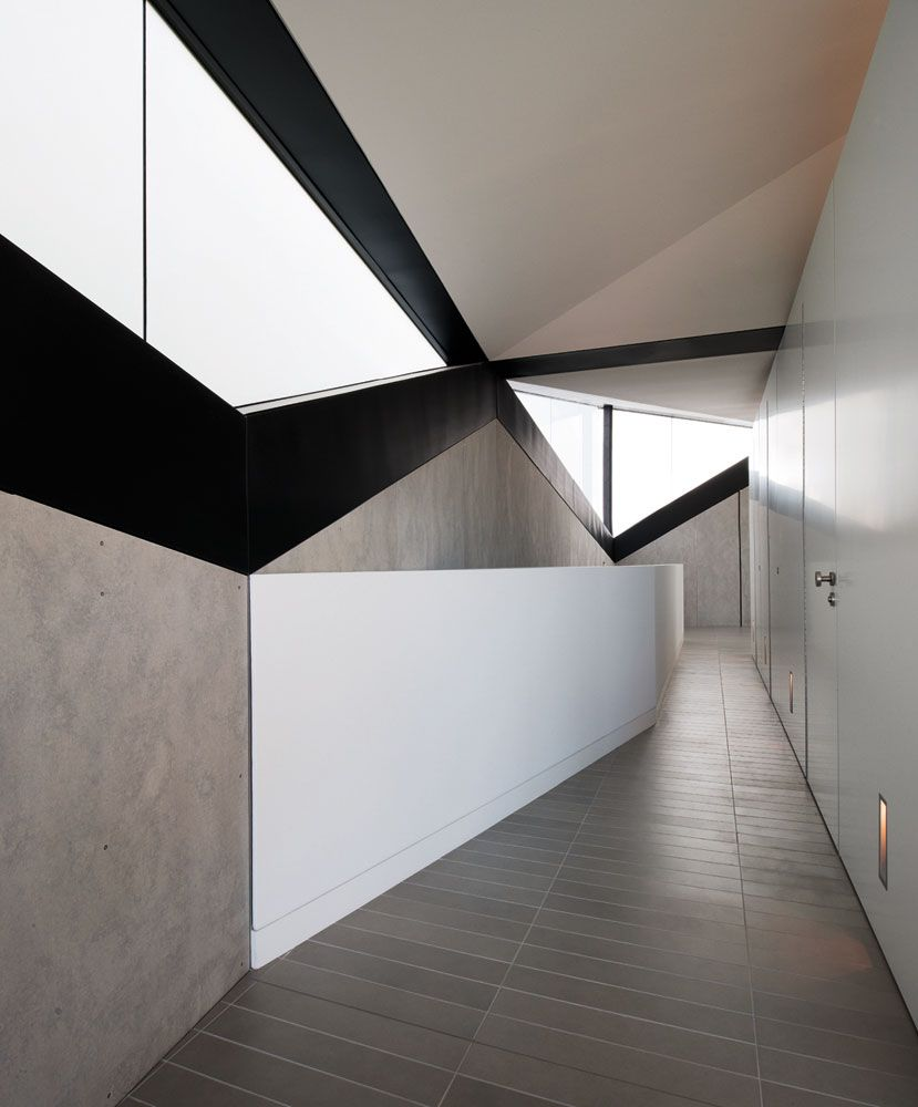 Pitched-Roof-House-02