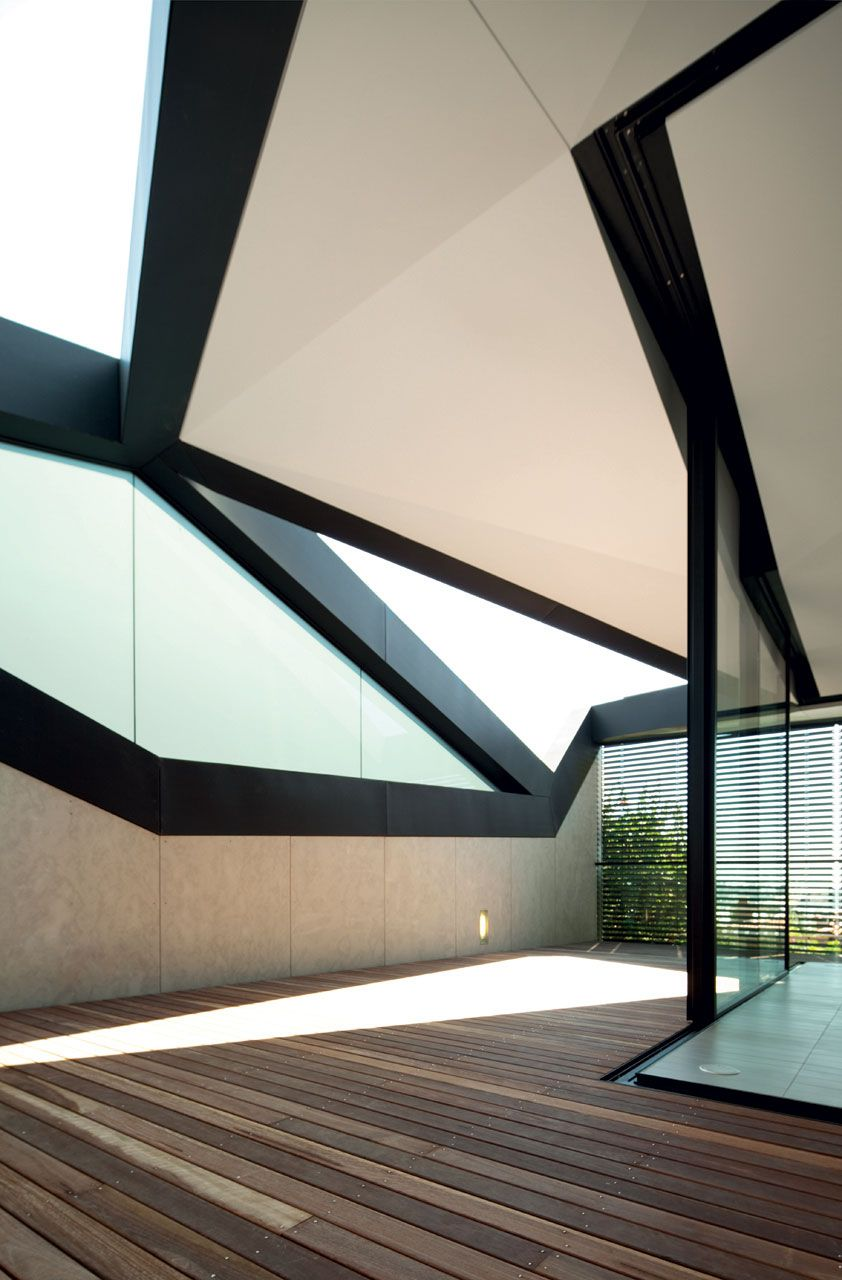 Pitched-Roof-House-03-2