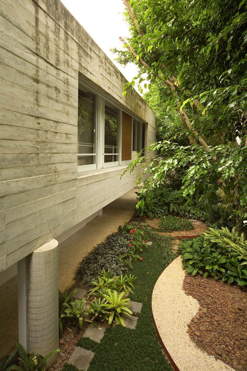 Residence-in-Itanhanga-03