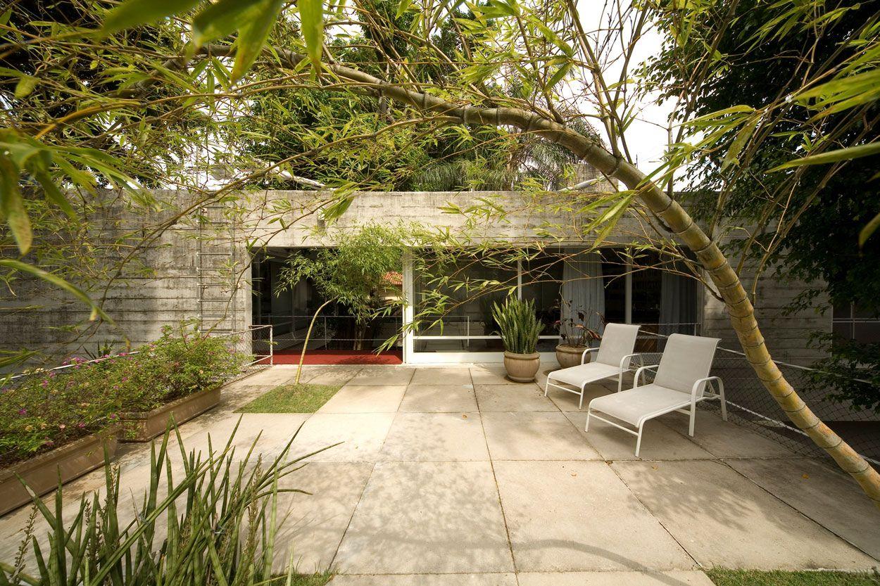 Residence-in-Itanhanga-04