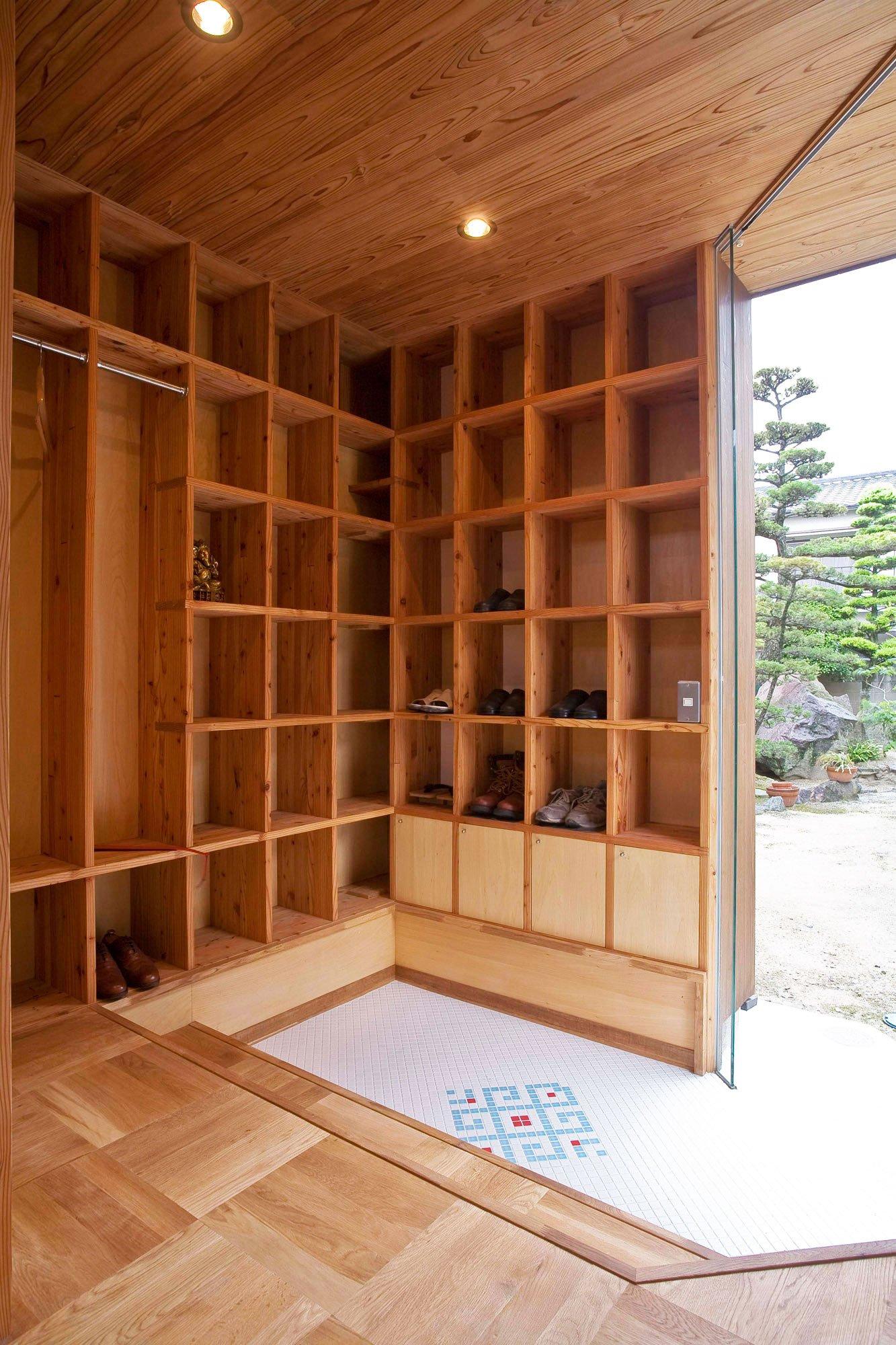 Shelf-Pod-07