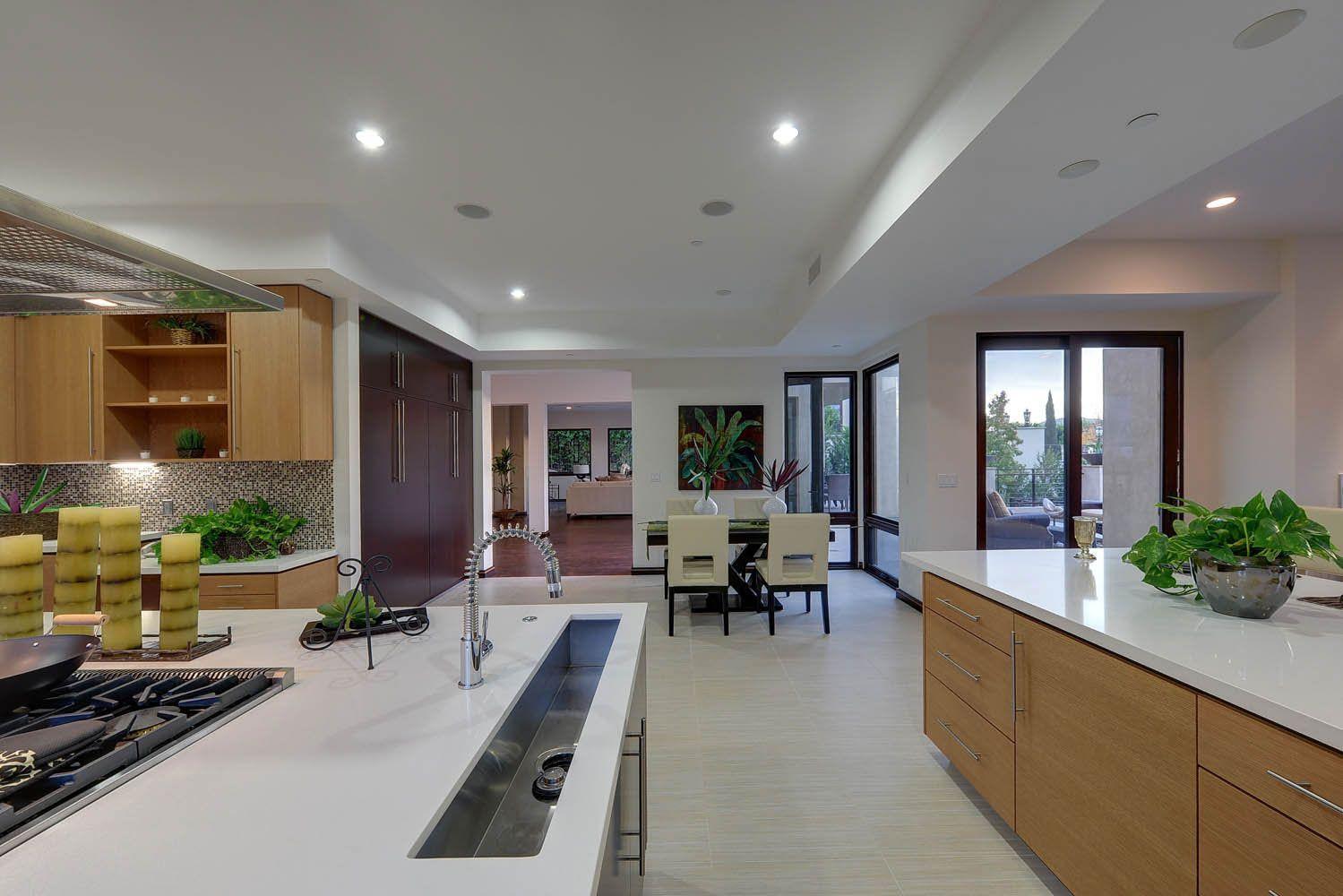 Sheringham-Lane-Residence-14
