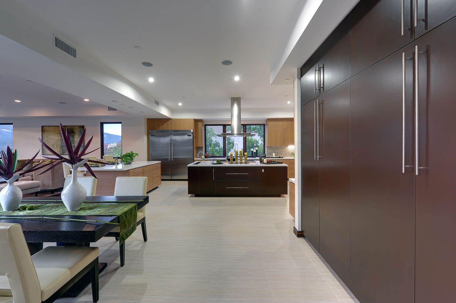 Sheringham-Lane-Residence-15