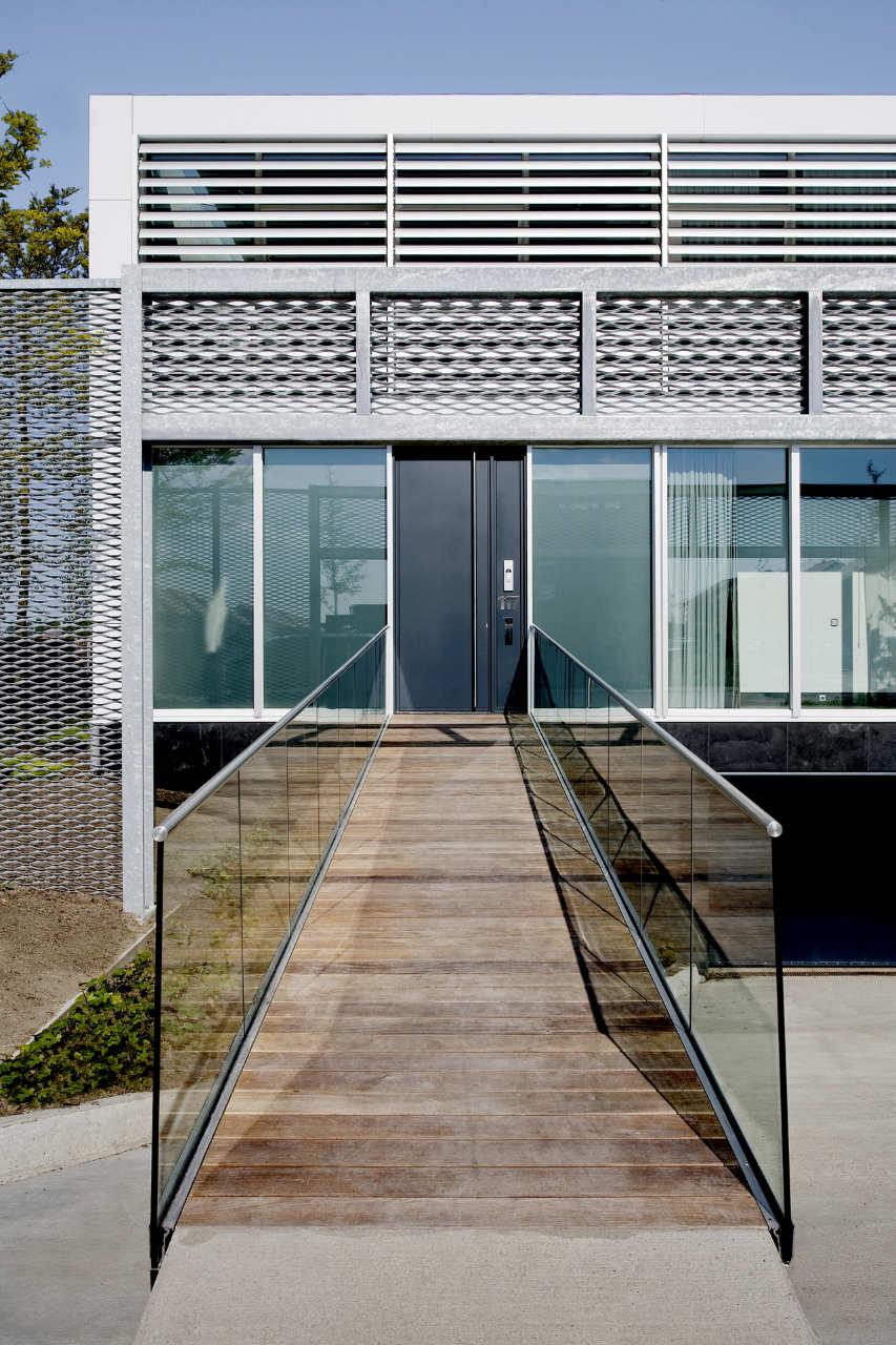 Steel-Study-House-02