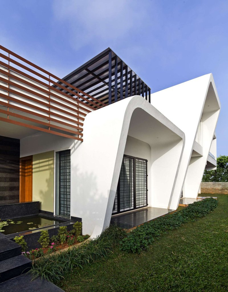 The-Courtyard-House-03
