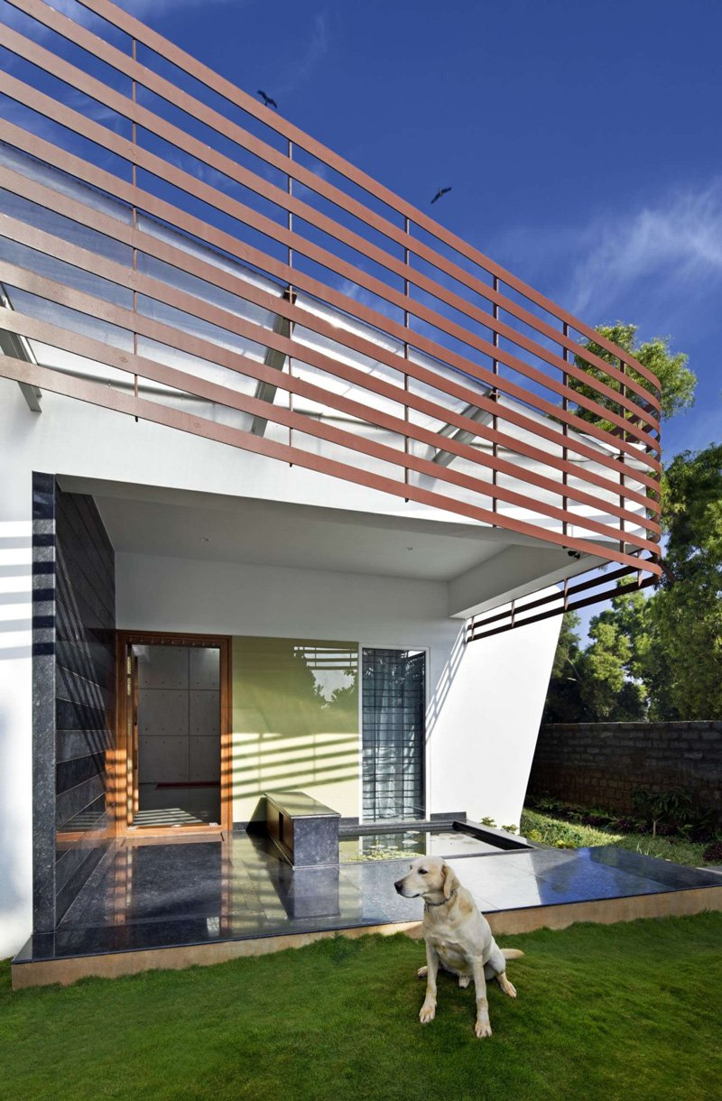 The-Courtyard-House-05