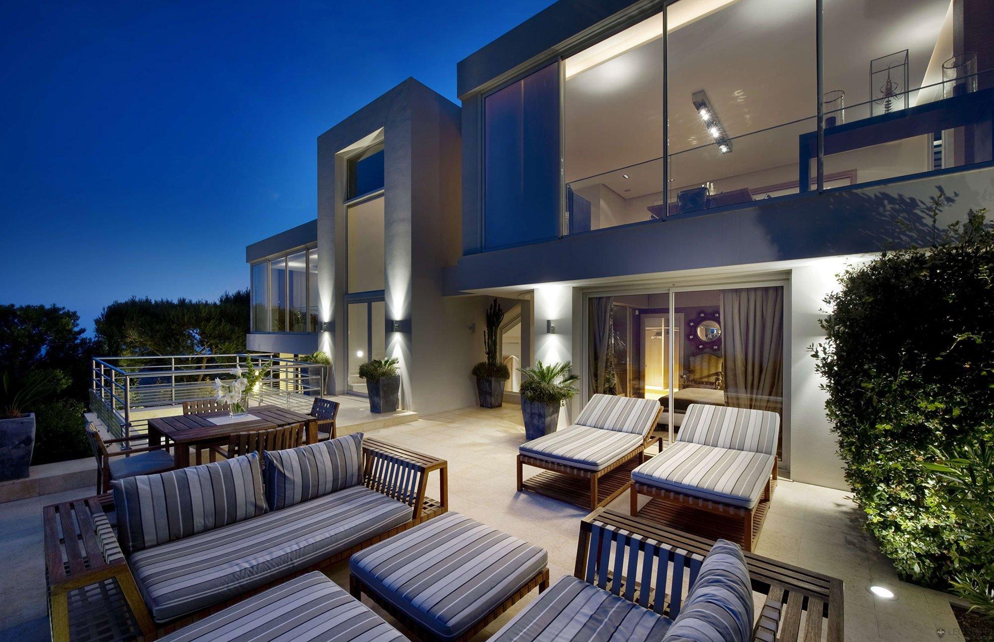 Villa-on-the-Cap-Ferrat-21