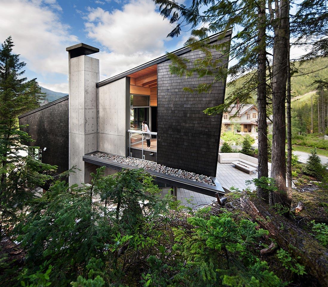 Whistler-Residence-03-0
