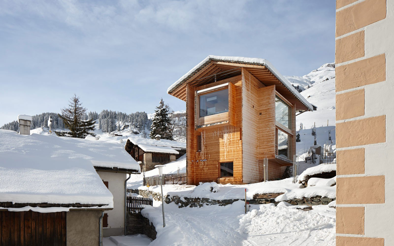 Zumthor-Vacation-Homes-06
