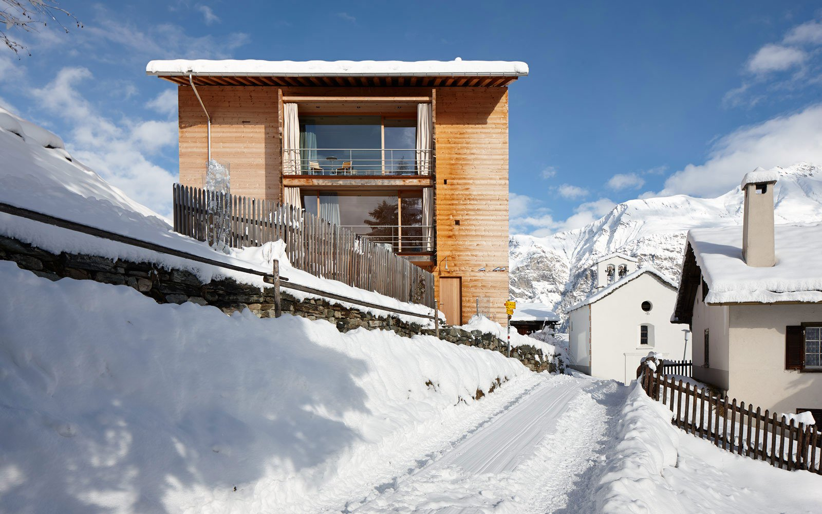 Zumthor-Vacation-Homes-07