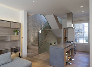 Butterfly Loft Apartment by Tigg and Coll Architects