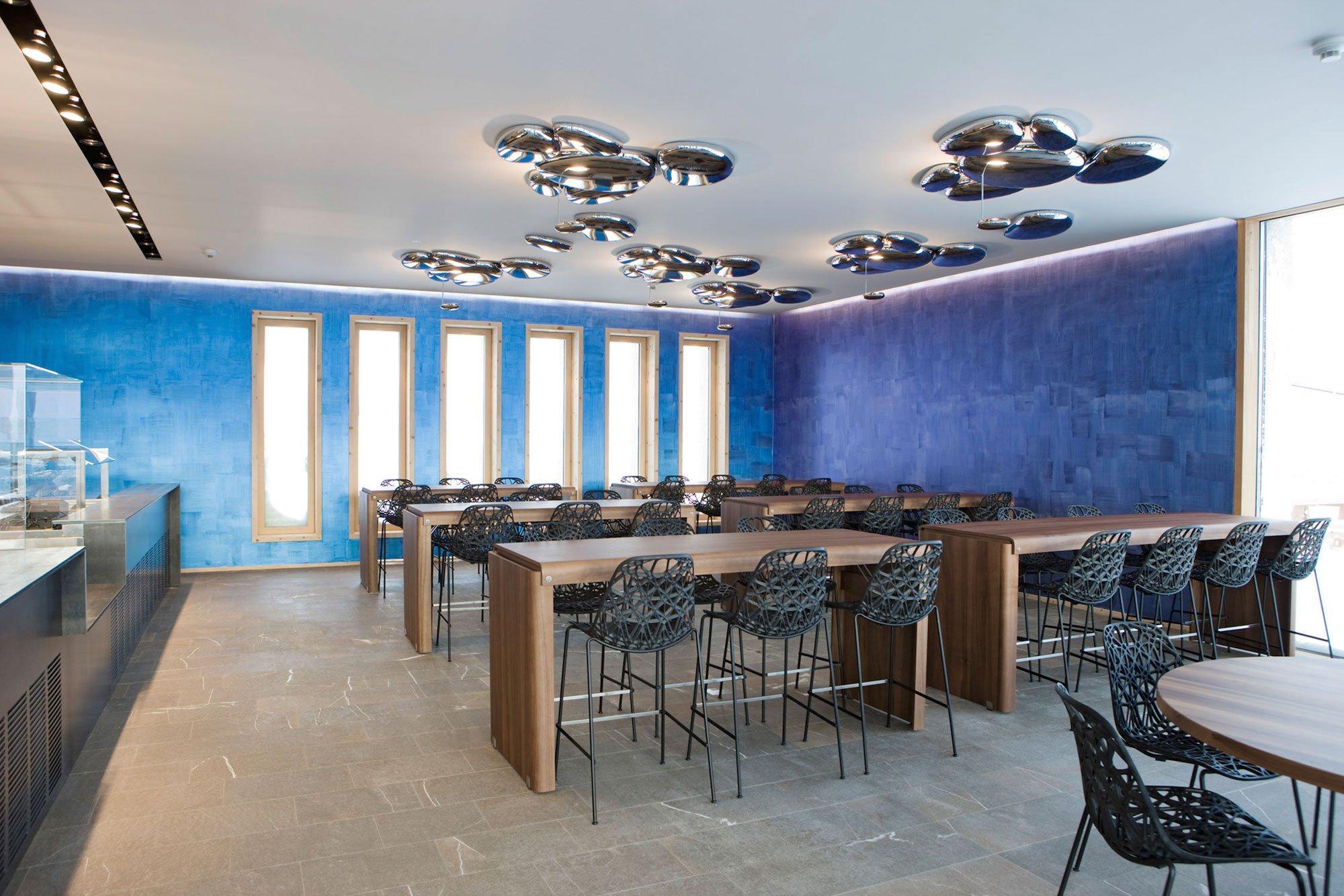 Romantik hotel muottas muragl by franzun ag caandesign for Berghotel design