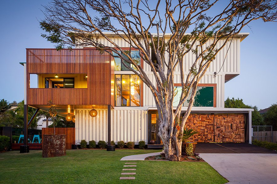 31-Shipping-Container-House-01