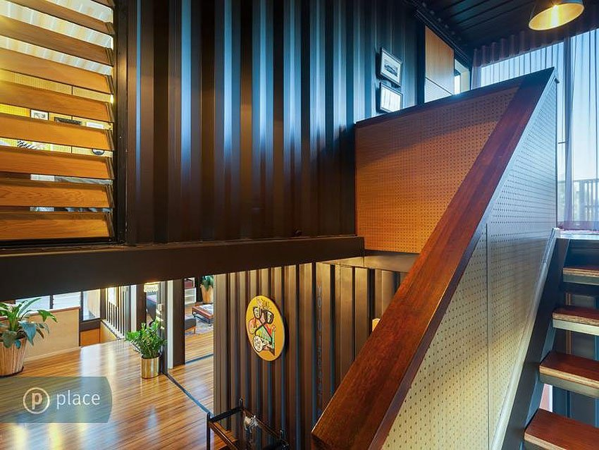 31-Shipping-Container-House-15