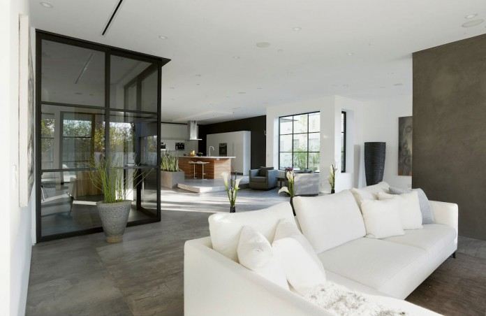 355 Mansfield by Amit Apel Design