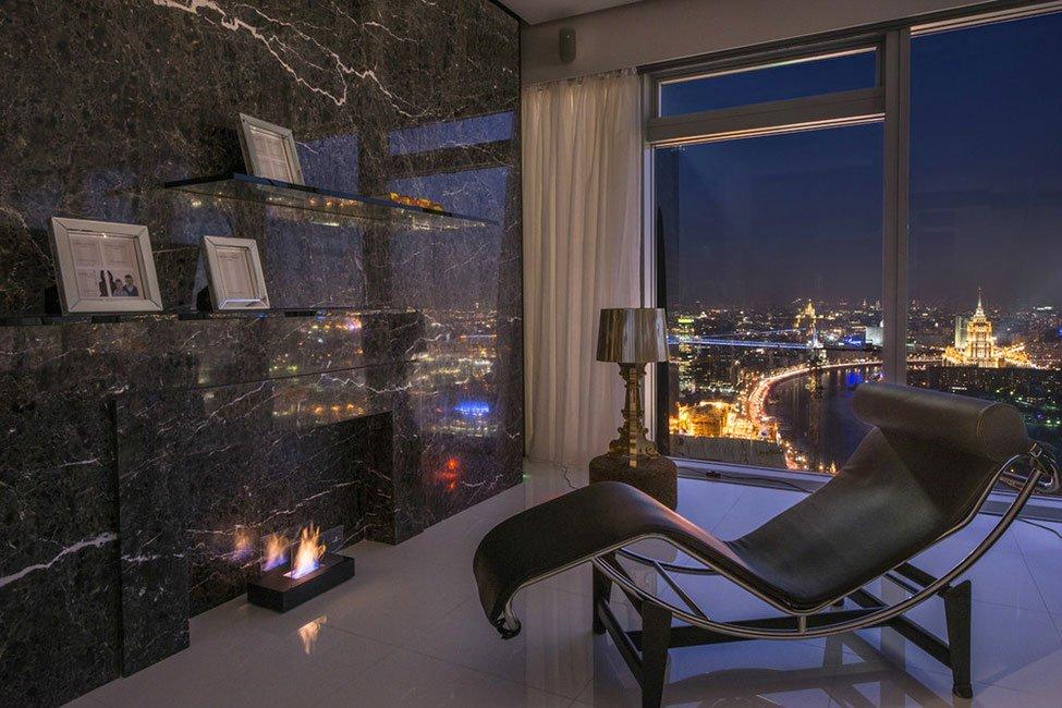 An-Apartment-in-Saint-Petersburg-Tower-13