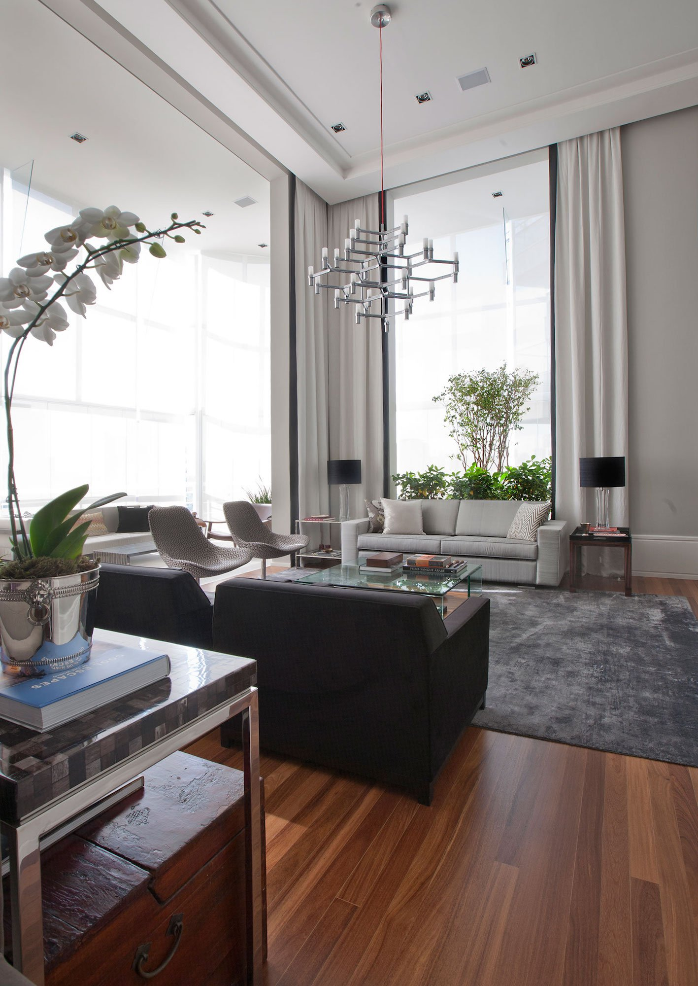 An-Elegant-Interior-05