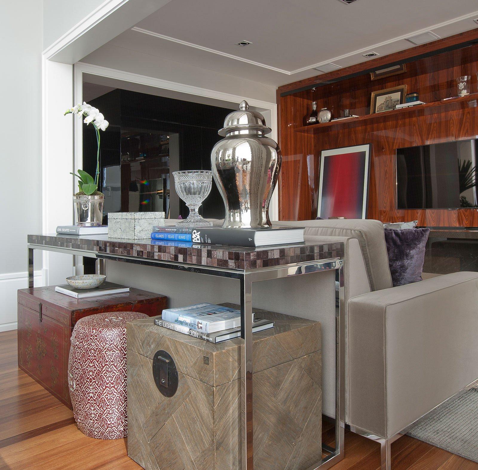 Elegant Home Interiors: An-Elegant-Interior-08
