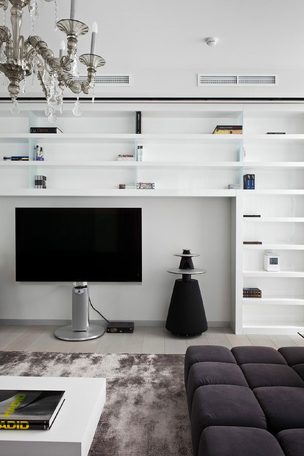 Apartment-in-Mirax-Park-04