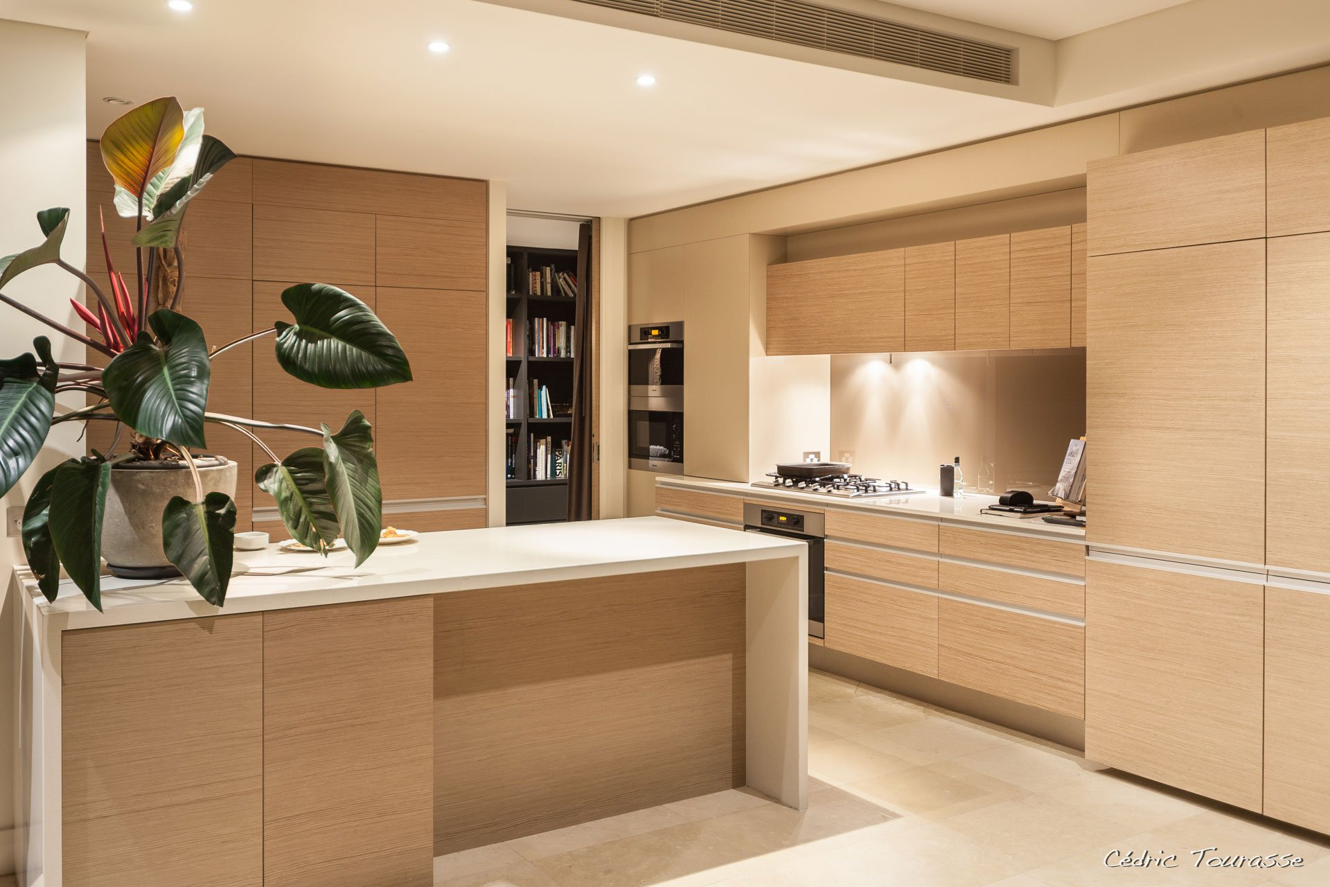 Apartment-in-the-Residence-17
